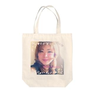 幸せになれるmasumi Tote bags
