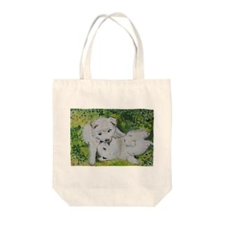 子犬の戯れ Tote bags
