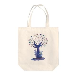 黒宮 望美の紫の木 Tote bags