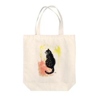 ふり向く猫 Tote bags