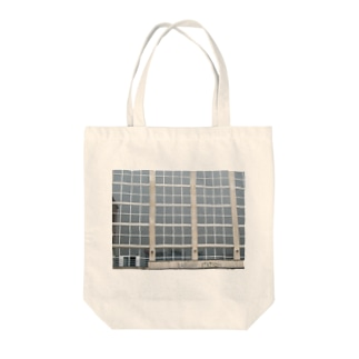 The 駅 Tote bags