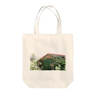 flower01 Tote bags