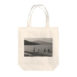 Big Sea Tote bags
