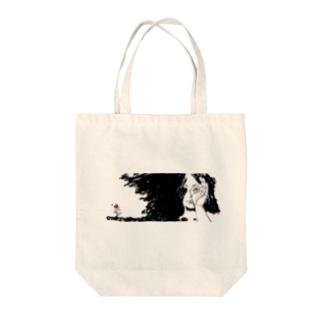 覗く少女・花 Tote bags