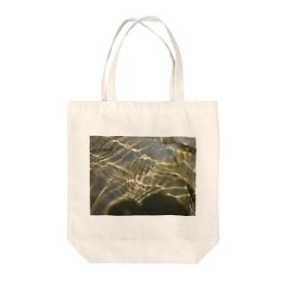 川底に光る砂金 Tote bags