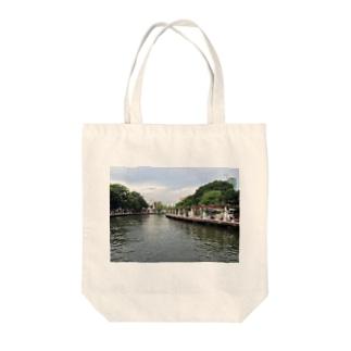 マラッカ川 Tote bags