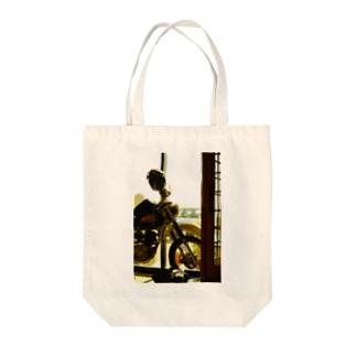 ジェベル Tote bags