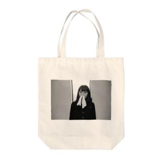 鼻からティッシュ Tote bags