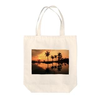 ブセナの夕日 Tote bags