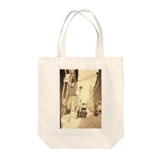 『嫌われ西野、ニューヨークへ行く』の表紙 Tote bags