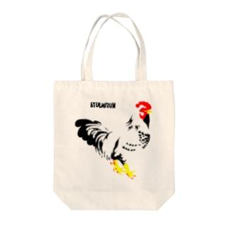 佇む鶏の布かばん Tote bags