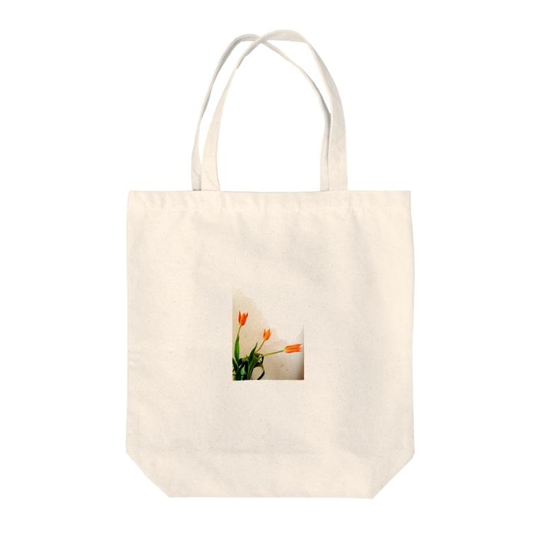 kmtのチューリップ Tote bags