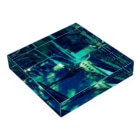 motchamのLAYER-GREEN (imaginary night) Acrylic Blockの平置き