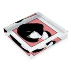 s.m  (riff)のiradachi-girl Acrylic Blockの平置き