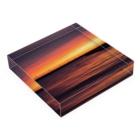 Takashi MUKAIのBlock-Sunset02 Acrylic Blockの平置き