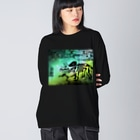 tottoの街と恐竜(グリーン) Big silhouette long sleeve T-shirts