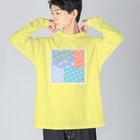ちるまの店の花模様重ね Big silhouette long sleeve T-shirts