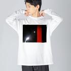 johnny's martの赤と夜空 Big silhouette long sleeve T-shirts