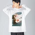 harucameraのharucamera モモ Big silhouette long sleeve T-shirts
