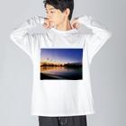 ま、の東京の夕方 Big silhouette long sleeve T-shirts