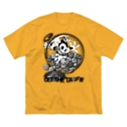 Booty the baby baboonのBooty in the Candy pot  Big silhouette T-shirts