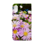 DOLUXCHIC RAYLOのPink flowers  Book-style smartphone caseの裏面