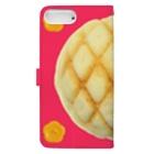 Pop-Hanaのメロンパンと花ボタン Plusサイズ用 Book-Style Smartphone Caseの裏面