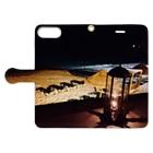 Una Villa Shopの夜のビーチとランタン2 Book-style smartphone caseを開いた場合(外側)