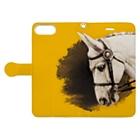 馬の絵の画家 斉藤いつみのゴージャス馬場馬(イエロー) Book-style smartphone caseを開いた場合(外側)