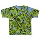 MAX99%OFFの新緑にまぎれるTシャツ Full graphic T-shirtsの背面