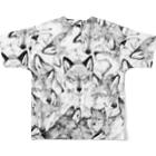 とびはちのオオカミ柄 Full graphic T-shirtsの背面