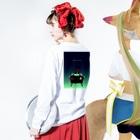 石井嗣也のテーブルゲームのお告げ Long sleeve T-shirtsの着用イメージ(裏面・袖部分)