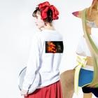 ゴメスのネオン2 Long sleeve T-shirtsの着用イメージ(裏面・袖部分)