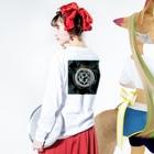wamiのカガミ Long sleeve T-shirtsの着用イメージ(裏面・袖部分)