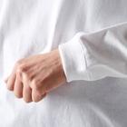 ウチのMEIGENやさんのあったまれば世界は平和 Long sleeve T-shirtsの袖のリブ部分