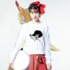 ながいひるの黒い真昼ちゃん(ほっぺが赤い) Long sleeve T-shirtsの着用イメージ(表面)