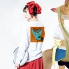FINCH LIQUEUR RECORDSのピンホール Long sleeve T-shirtsの着用イメージ(裏面・袖部分)