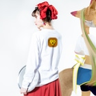 willnetのSavanna lion face Long sleeve T-shirtsの着用イメージ(裏面・袖部分)