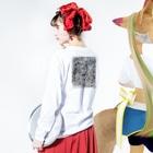 マグダラのヒカル@堕天使垢の雨 Long sleeve T-shirtsの着用イメージ(裏面・袖部分)