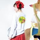 junsen 純仙 じゅんせんのJUNSENSETA(瀬田純仙)古代絵者1春c Long sleeve T-shirtsの着用イメージ(裏面・袖部分)