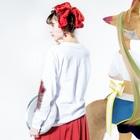 中村杏子のパーラー箱庭 Long sleeve T-shirtsの着用イメージ(裏面・袖部分)