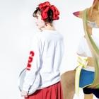 sauna.jpのSPA!SAUNA! Long sleeve T-shirtsの着用イメージ(裏面・袖部分)
