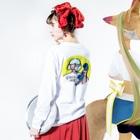 maicaのcall me Long sleeve T-shirtsの着用イメージ(裏面・袖部分)