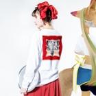 Tokiwa brosの枠達磨 Long sleeve T-shirtsの着用イメージ(裏面・袖部分)