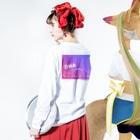 pinkchan053のARMY DNA Long sleeve T-shirtsの着用イメージ(裏面・袖部分)