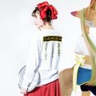 TuneBsideの DANGER Long sleeve T-shirtsの着用イメージ(裏面・袖部分)