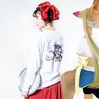 *suzuriDeMonyaa.tag*のCT77水牛 Long sleeve T-shirtsの着用イメージ(裏面・袖部分)
