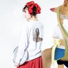 小原 泰彦のスマイル Long sleeve T-shirtsの着用イメージ(裏面・袖部分)