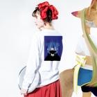 RIKOのマオマオ Long sleeve T-shirtsの着用イメージ(裏面・袖部分)