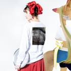 ssmtntkのイヌ2 Long sleeve T-shirtsの着用イメージ(裏面・袖部分)